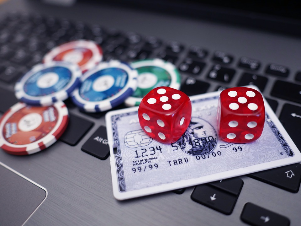 Online Gambling: What Are The Dangers?