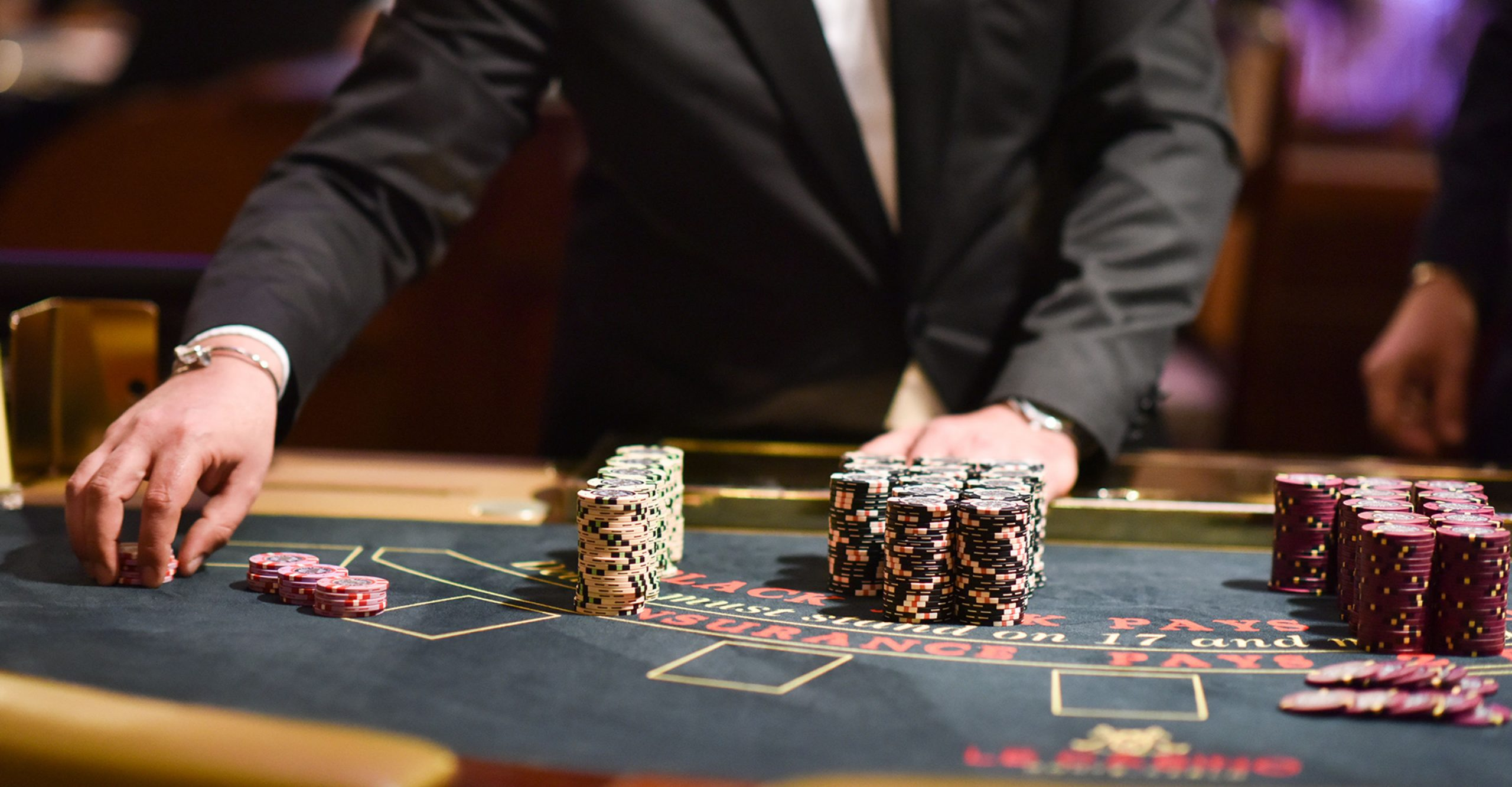 Play Casino Games - £150 + 50 Spins